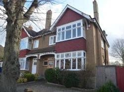 Semi Detached House To Let  Sutton Surrey SM2