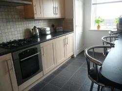 Flat To Let Drayton Portsmouth Hampshire PO6