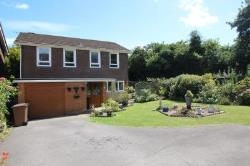 Detached House To Let Clanfield Waterlooville Hampshire PO8