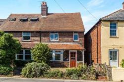 Semi Detached House To Let  Liphook Hampshire GU30
