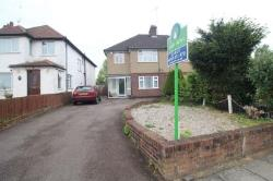 Detached House To Let  Watford Hertfordshire WD17