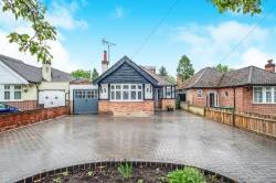 Detached Bungalow To Let  Watford Hertfordshire WD17