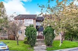 Flat To Let Low Moor Bradford West Yorkshire BD12