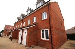 Semi Detached House To Let  Worthing West Sussex BN13