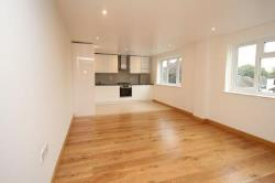 Flat To Let  Staines-Upon-Thames Surrey TW18