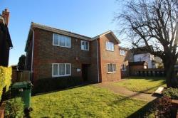 Flat To Let  Ashford Surrey TW15