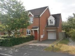 Semi Detached House To Let  Ashford Kent TN25