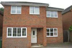 Detached House To Let  Basingstoke Hampshire RG22