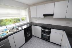 Semi Detached House To Let  Basingstoke Hampshire RG21
