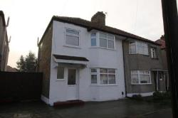 Semi Detached House To Let  Welling Kent DA16