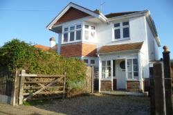 Detached House To Let  Bognor Regis West Sussex PO21