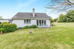 Detached Bungalow To Let  Penzance Cornwall TR20