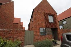 Detached House To Let  Chatham Kent ME4