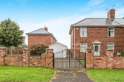 Semi Detached House To Let  Chesterfield Derbyshire S41