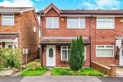 Detached House To Let  Darlington Durham DL1