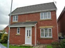 Detached House To Let  Manchester Greater Manchester M18