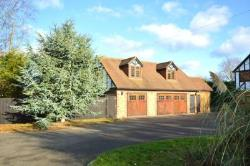 Detached House To Let Meopham Gravesend Kent DA13