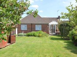 Detached Bungalow To Let Northfleet Gravesend Kent DA11