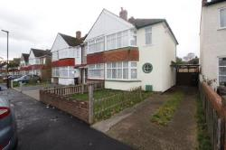 Detached House To Let  Feltham Middlesex TW13
