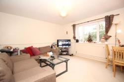 Flat To Let  Hampton Middlesex TW12