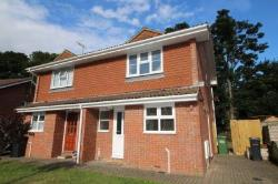 Semi Detached House To Let  Bexhill-On-Sea East Sussex TN39