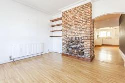 Semi Detached House To Let  Bexhill-On-Sea East Sussex TN40
