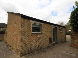 Detached Bungalow To Let New Ash Green Longfield Kent DA3