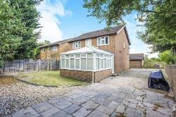 Detached House To Let Sandling Maidstone Kent ME14