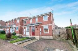 Semi Detached House To Let Morley Leeds West Yorkshire LS27
