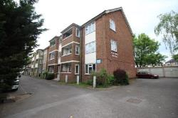 Flat To Let  New Malden Surrey KT3
