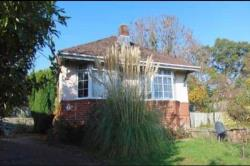 Detached Bungalow To Let Bishopstoke Eastleigh Hampshire SO50