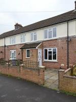 Terraced House For Sale  Farnborough Hampshire GU14