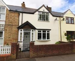 Terraced House For Sale  dinas powys Glamorgan CF64