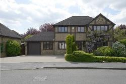 Detached House For Sale  Bisley Surrey GU24