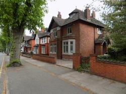 Detached House For Sale  Wolverhampton West Midlands WV14