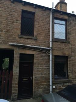 Terraced House To Let  Dewsbury West Yorkshire WF12