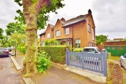Detached House For Sale  London Greater London W3