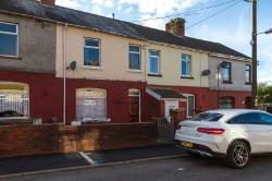 Terraced House For Sale  Pontyclun Rhondda CF72