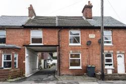 Terraced House For Sale  Tonbridge Kent TN10