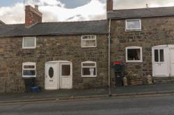 Terraced House For Sale  Welshpool Powys SY21