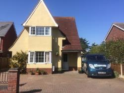 Detached House For Sale  Wivenhoe Essex CO7