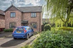 Detached House For Sale  Barrow-upon-Humber Lincolnshire DN19