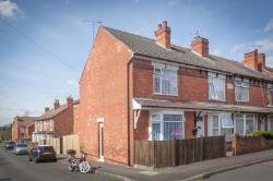 Terraced House For Sale  Nottingham Nottinghamshire NG17