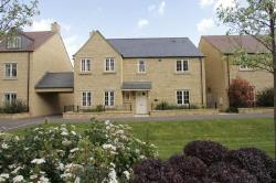 Detached House For Sale  Moreton in Marsh Gloucestershire GL56