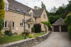 Detached House For Sale  Great Rissington Gloucestershire GL54