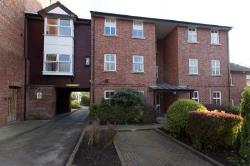 Flat For Sale  Stockport Greater Manchester SK6