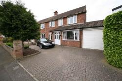 Detached House For Sale  Langley Berkshire SL3