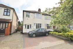 Detached House For Sale  Hornchurch Essex RM12