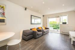 Flat For Sale  Watford Hertfordshire WD25