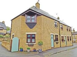 Terraced House For Sale  Kings Cliffe Northamptonshire PE8